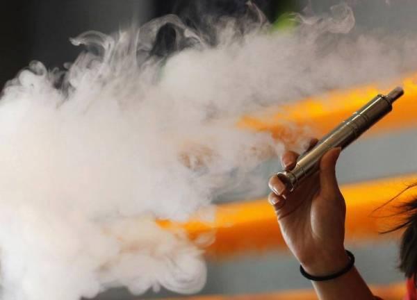 ارتفاع وفيات السجائر الإلكترونية في أمريكا إلى 39 حالة