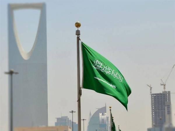 السعودية تمنح «الإقامة المميزة» لـ73 شخصاً من 19 جنسية