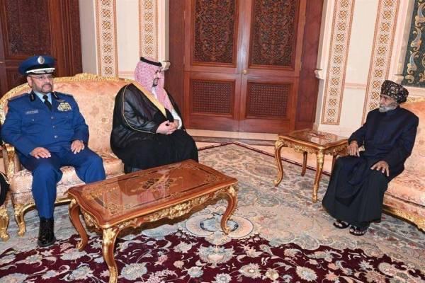 سلطان عُمان يستقبل خالد بن سلمان في مسقط