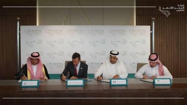 توقيع اتفاقية توفير فرص عمل لسكان منطقة مشروع البحر الأحمر.