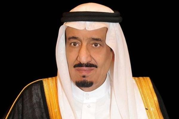 خادم الحرمين يعزي ولي عهد أبوظبي في وفاة الشيخ سلطان بن زايد آل نهيان