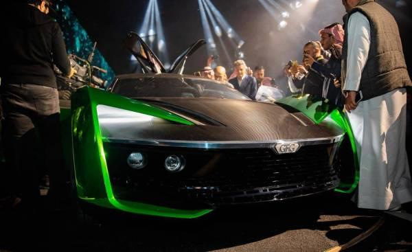 لحظة كشف «سيارة 2030»