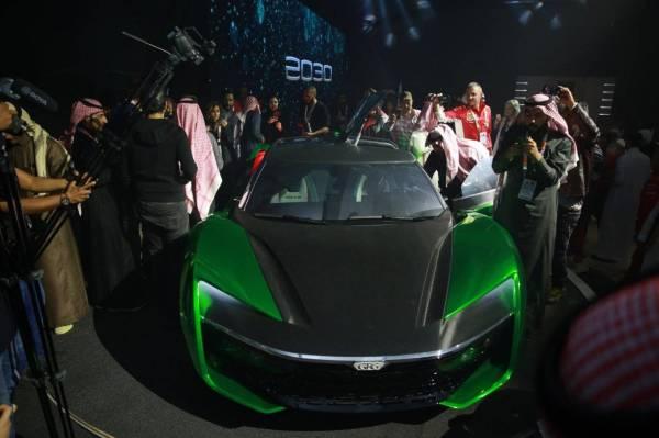 متابعة واسعة لتفاصيل «سيارة 2030»