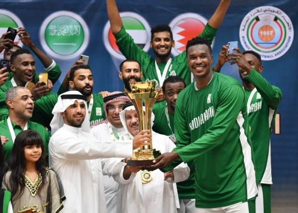 أخضر السلة يتوج بلقب البطولة الخليجية