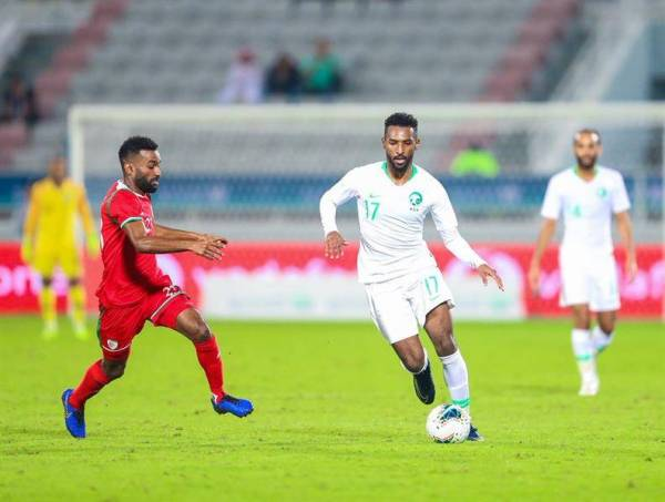 «الأخضر» يتأهل لنصف نهائي كأس الخليج بعد فوزه على عمان