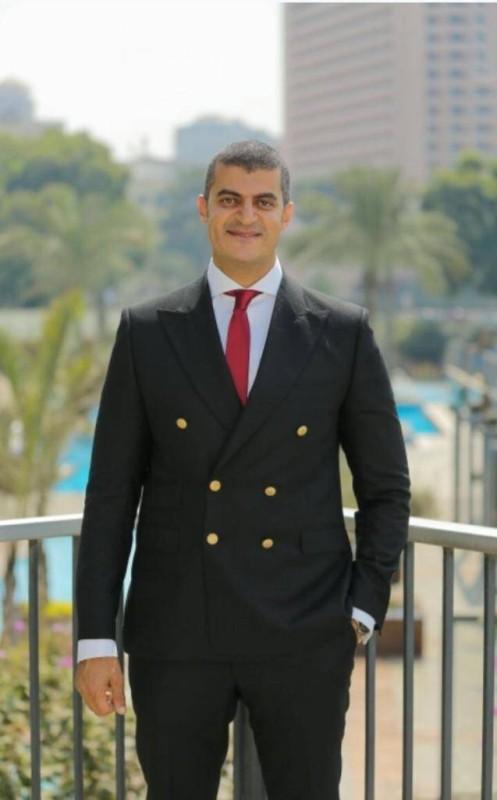 مدير إدارة التسويق والمبيعات محمد القيعي
