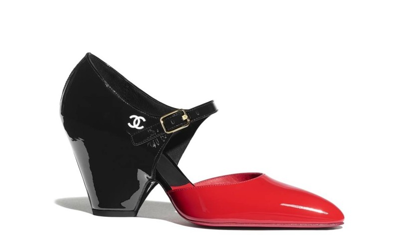 حذاء من شانيل لمجموعة ربيع 2020