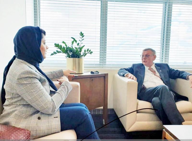 الأميرة هيفاء آل مقرن خلال لقائها مع مساعد الأمين العام للأمم المتحدة أكتوبر 2019.