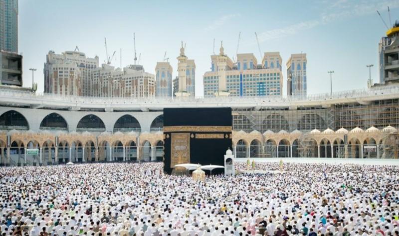 خطيب المسجد الحرام: لا تجزع إذا أوصدت أمامك أبواب الناس - أخبار السعودية   صحيفة عكاظ