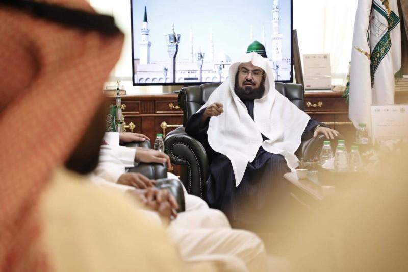 الرئيس العام لشؤون المسجد الحرام والمسجد النبوي الشيخ عبدالعزيز السديس