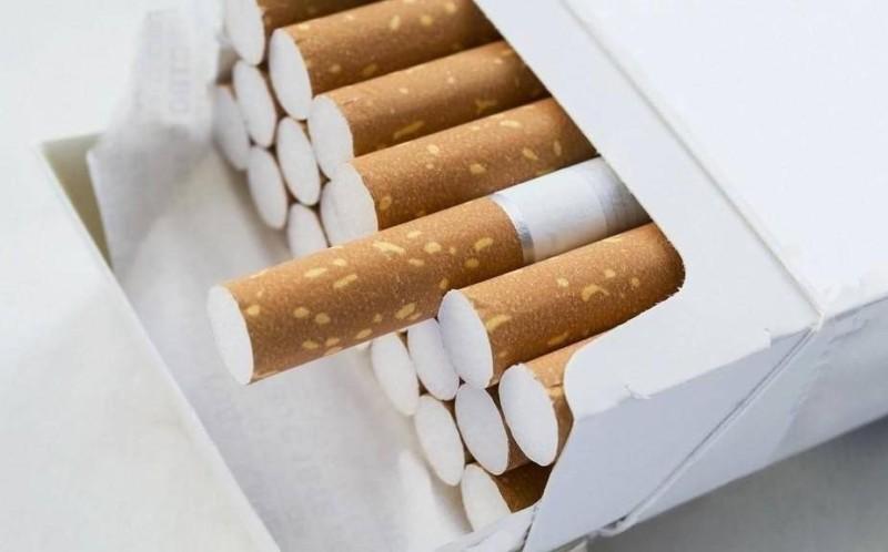 عبوة سجائر