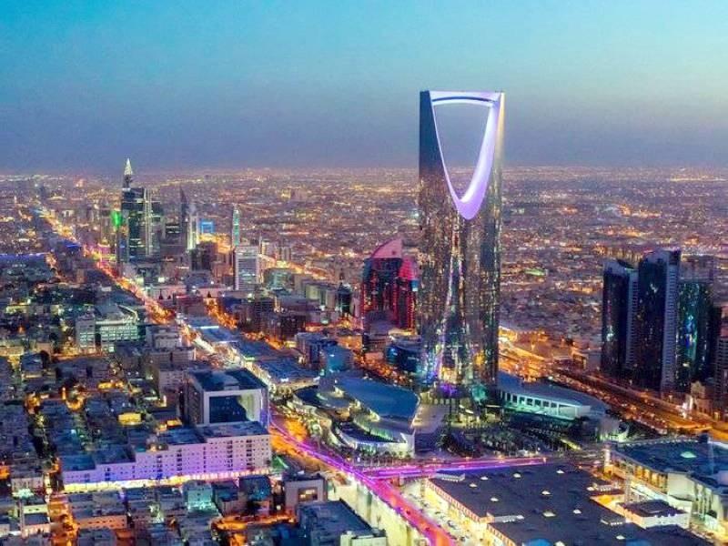 المملكة تستبق تحذيرات نهاية «ثروات النفط» بإصلاحات 2030 - أخبار السعودية   صحيفة عكاظ