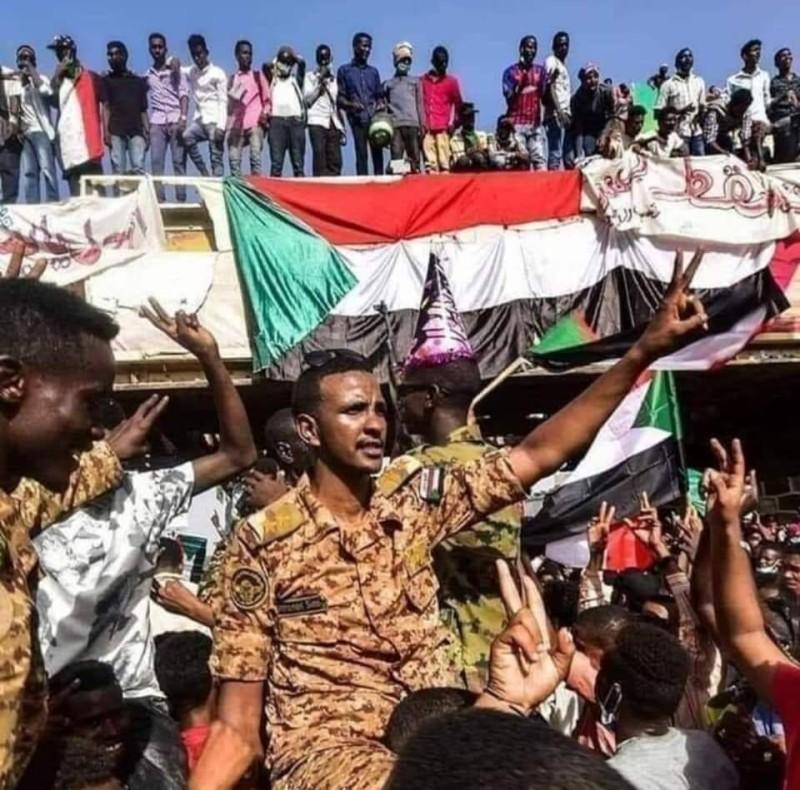 الضابط السوداني محمد صديق