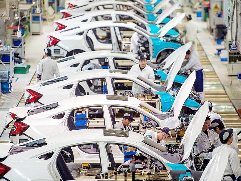 إنتاج السيارات في الصين سجل تراجعا عقب انتشار فايروس كورونا.