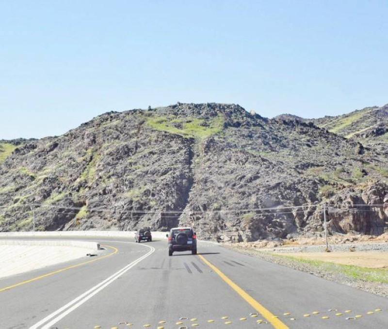 طريق رابغ - حجر. (عكاظ)