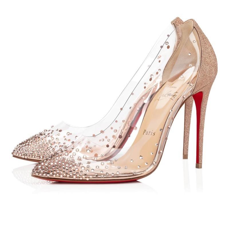 الأحذية الشفافة