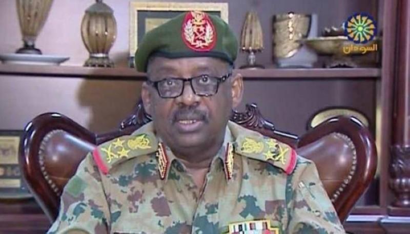 وزير الدفاع السوداني الفريق أول ركن جمال إبراهيم