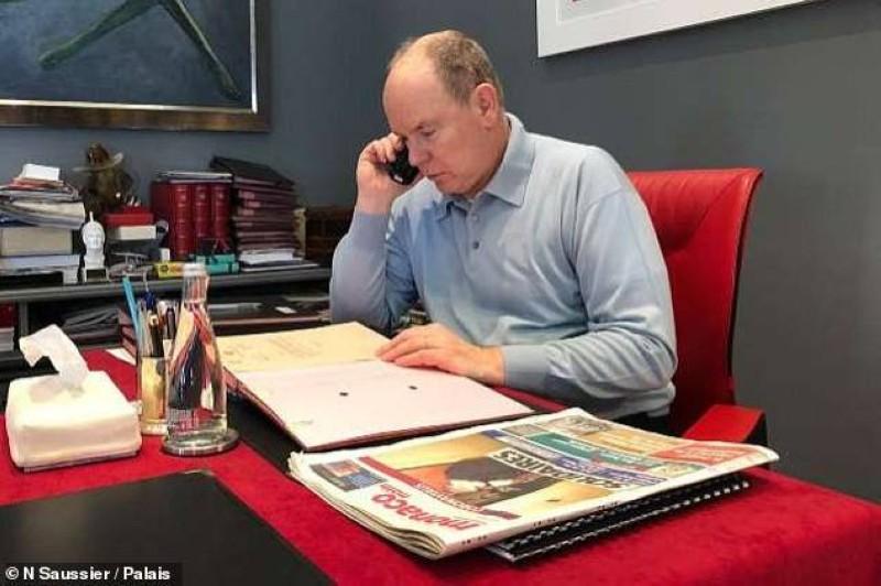أمير موناكو ألبرت أثناء فترة التعافي يمارس مهمات محدودة.