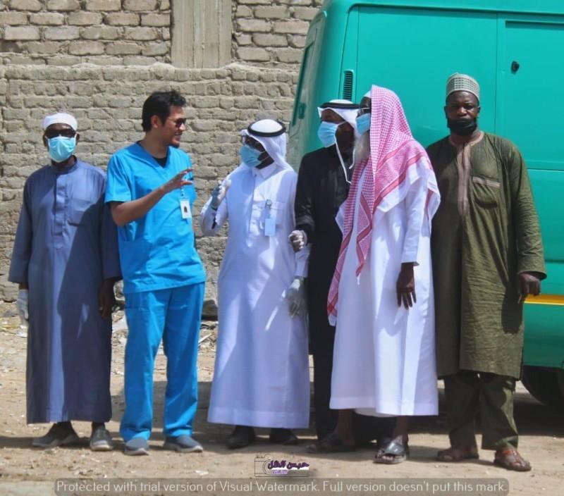 فرق طبية تطوعية تنظم حملات توعوية.