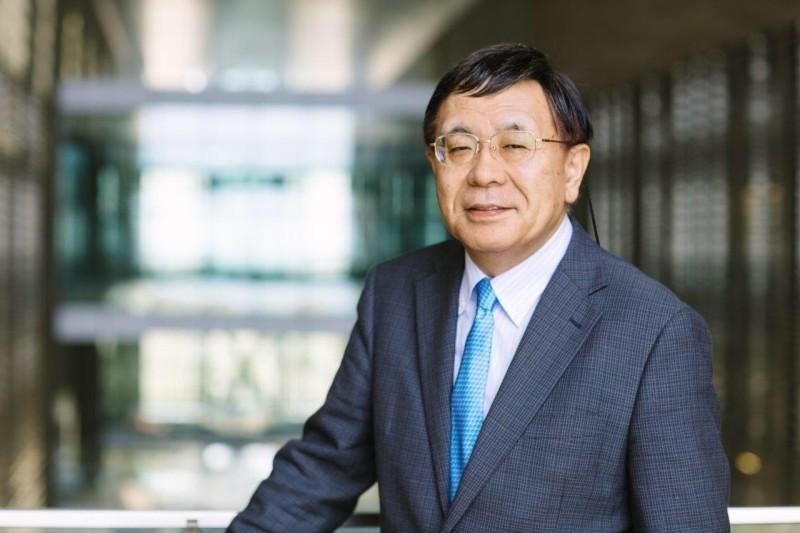 البروفيسور تاكاشي غوجوبوري