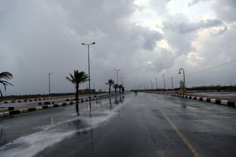 أمطار رعدية على عدة مناطق.