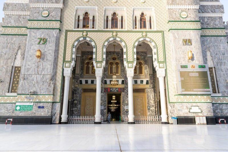 مداخل الحرم وقت الجائحة 3 أبواب للأئمة والعاملين أخبار السعودية صحيفة عكاظ