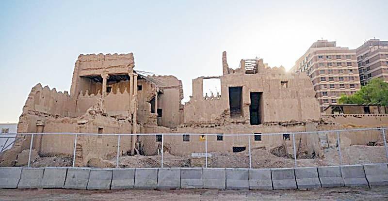 بقايا قصرها المعروف بقصر الشمسية بحي المربع في الرياض.