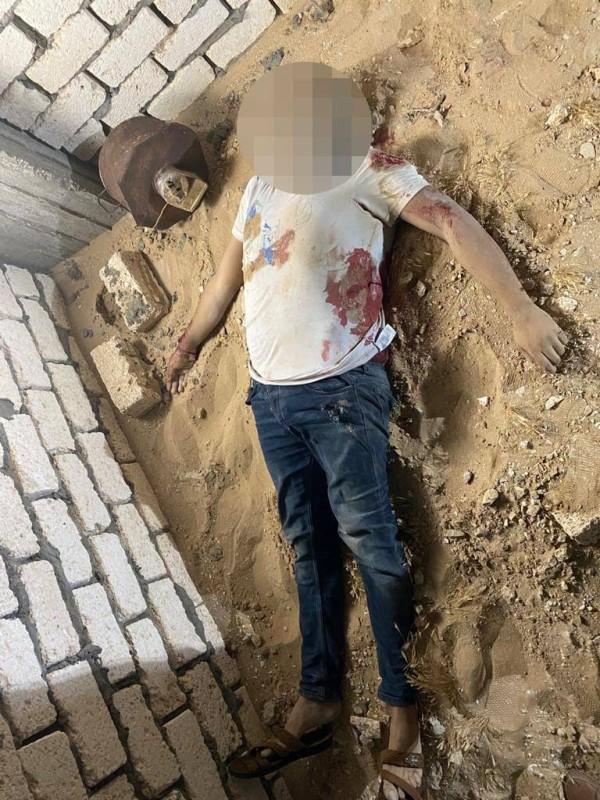 جثة أحد الإرهابيين.