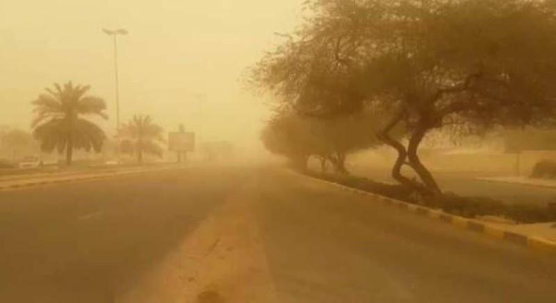 رياح سطحية مثيرة للغبار على عدة مدن بالمملكة.