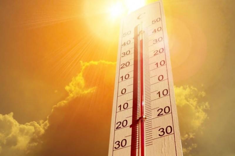 طقس شديد الحرارة على الرياض اليوم.