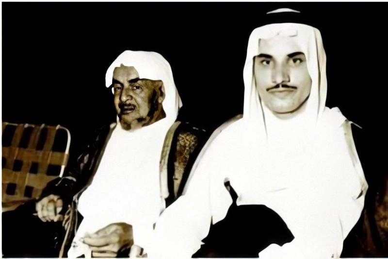 الشبيلي مع والده المرحوم صالح العبدالله.