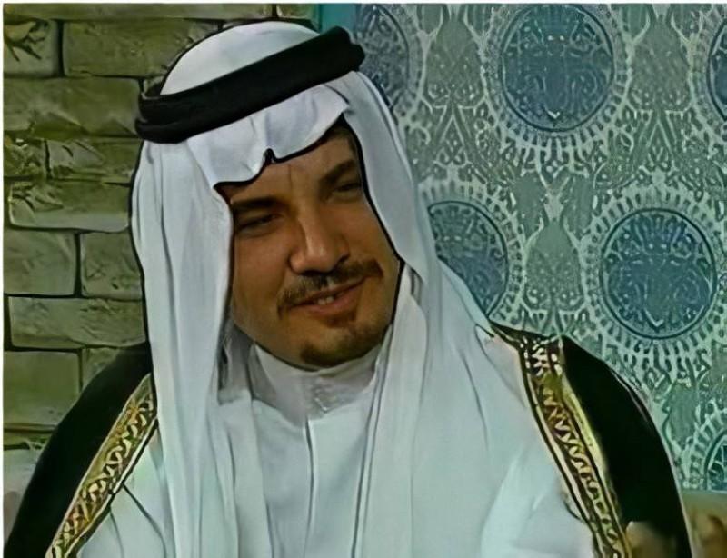 الشبيلي في أحد برامجه التلفزيونية المبكرة.