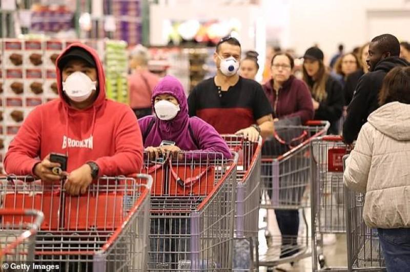 حمى التبضع قبل الإغلاق الكامل في ملبورن.
