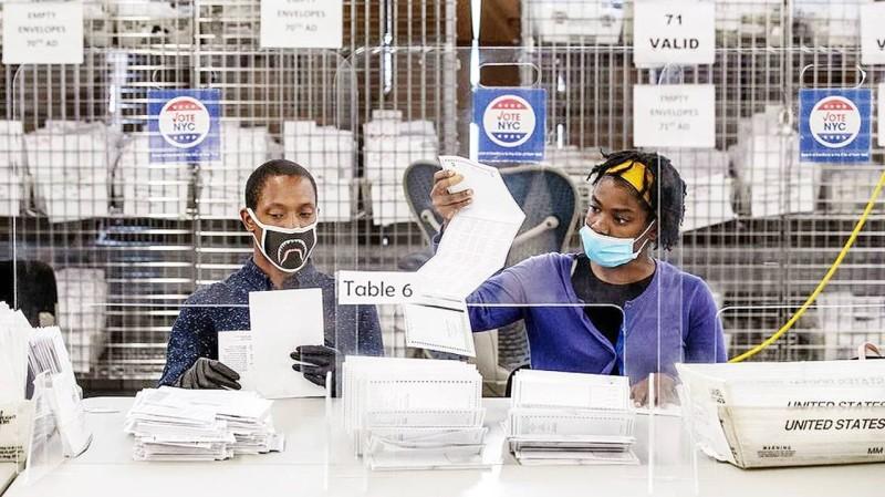 الانتخابات في نيويورك تواجه مشكلة بسبب البريد.