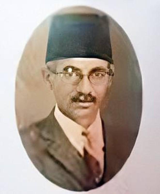 والدها سالم بن سيف بن سعيد المعمري.