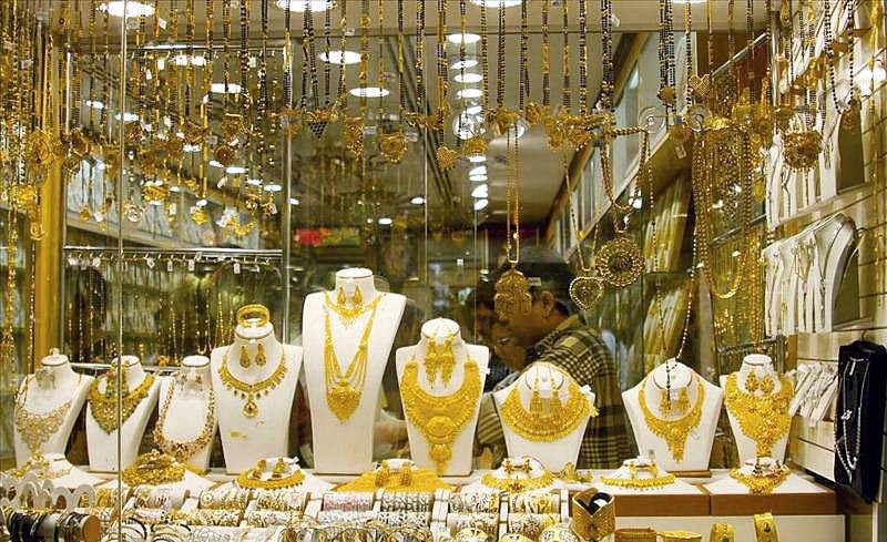 التراجع الطفيف لأسعار الذهب ساهم في عودة حركة الشراء.