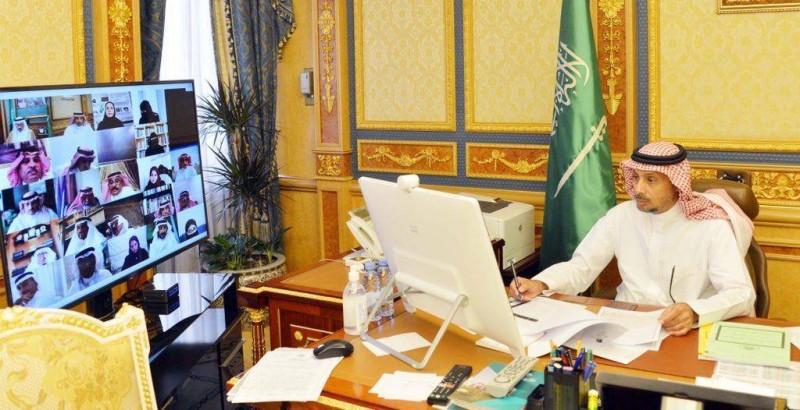 جانب من جلسة مجلس الشورى عبر الاتصال المرئي.