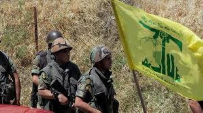 مسلحون من مليشيا «حزب الله».