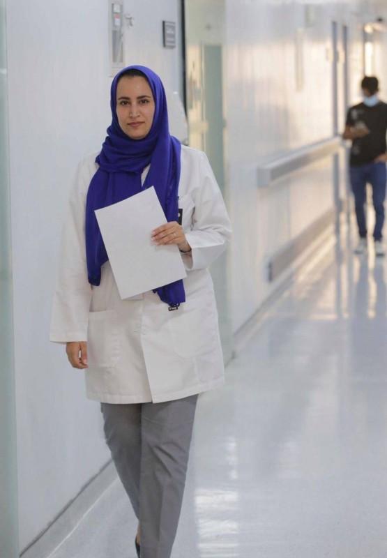 الدكتورة هند الغامدي استشارية أشعة مخ وأعصاب.