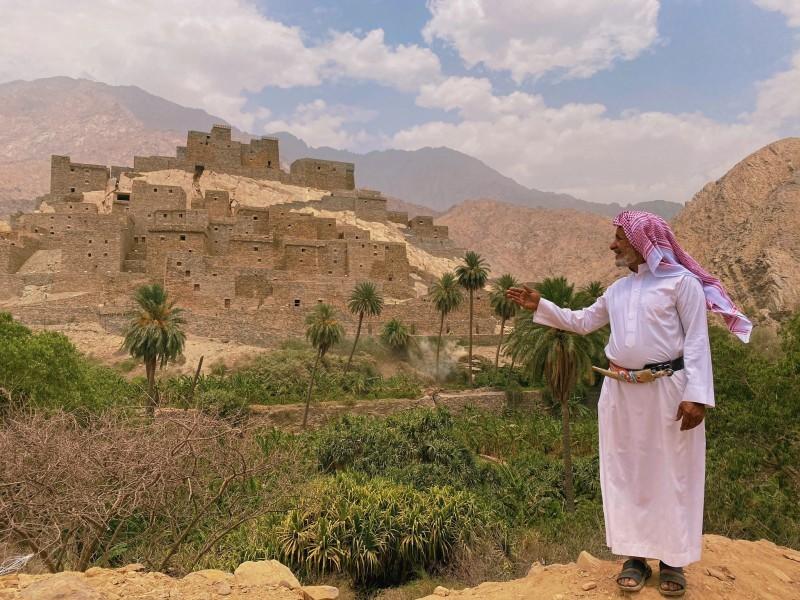 قرية ذي عين - الباحة