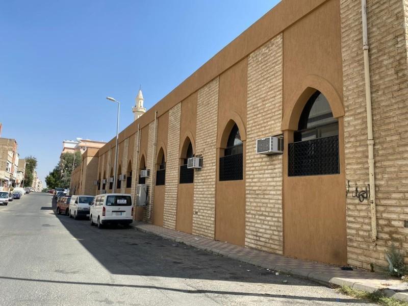 مسجد «بن سند» وسط محافظة الطائف.