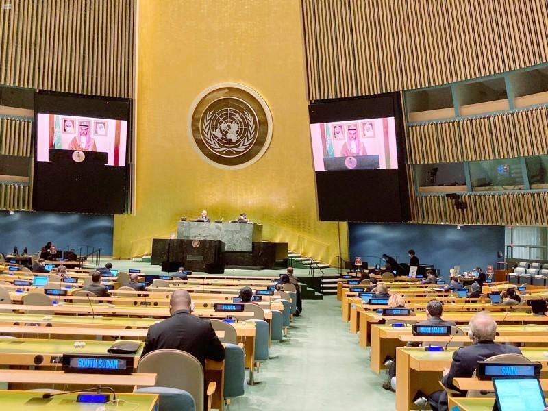 وزير الخارجية خلال حديثه للأمم المتحدة عبر الاتصال المرئي. (واس)
