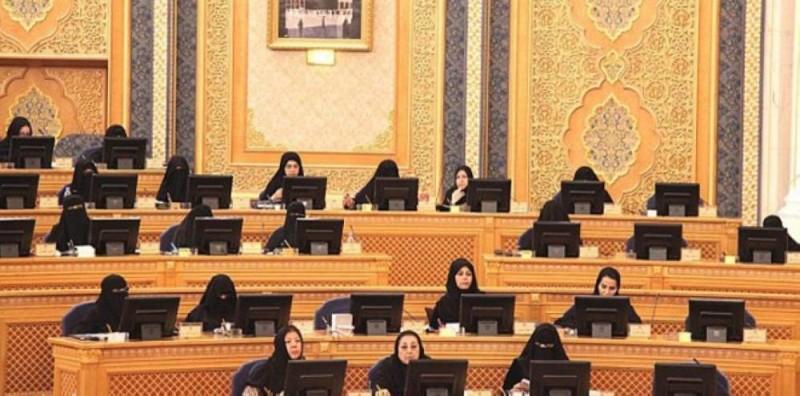 24 سيدة في لجان الشورى.. و«دكتورة» تشارك 7 ألوية في «الأمنية»