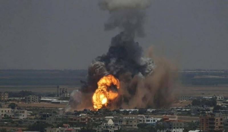 قصف إسرائيلي على غزة.