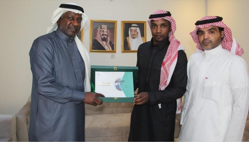 محمد نور مع ماجد عبدالله.