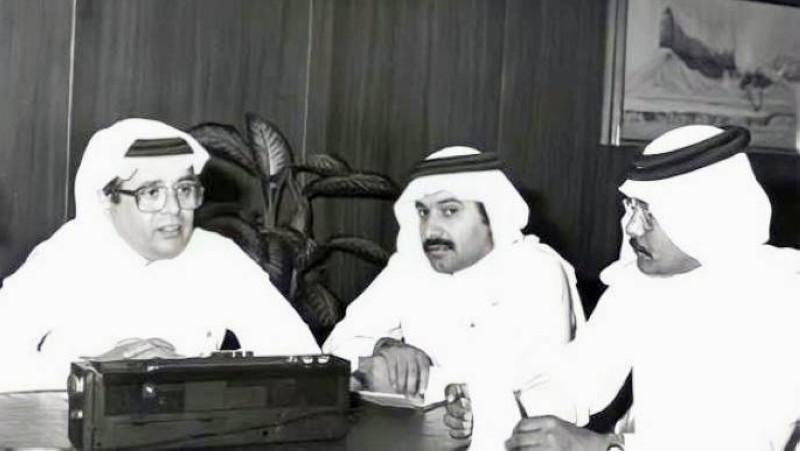في حوار مع الإعلاميين حمد القاضي ومحمد الشعلان.