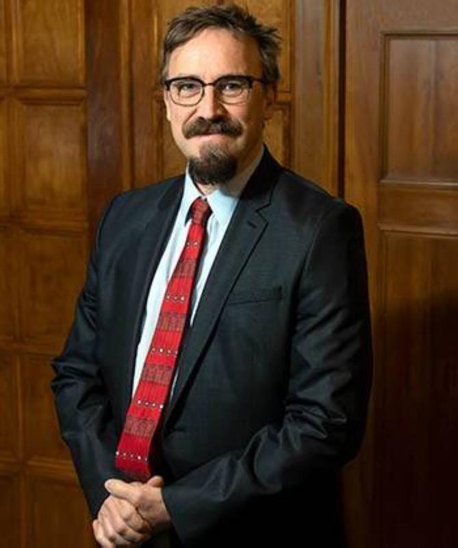 البروفيسور ماتياس فون دافيير