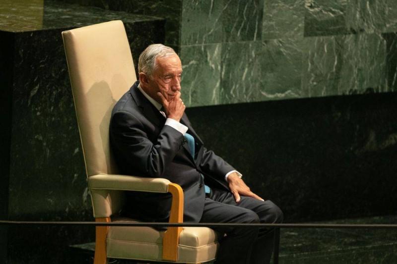 الرئيس دي سوزا.