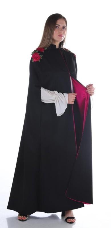 من تصاميم الخريجات من دورات المدربة المعتمدة في مجال تصميم الأزياء العنود عبدالهادي.