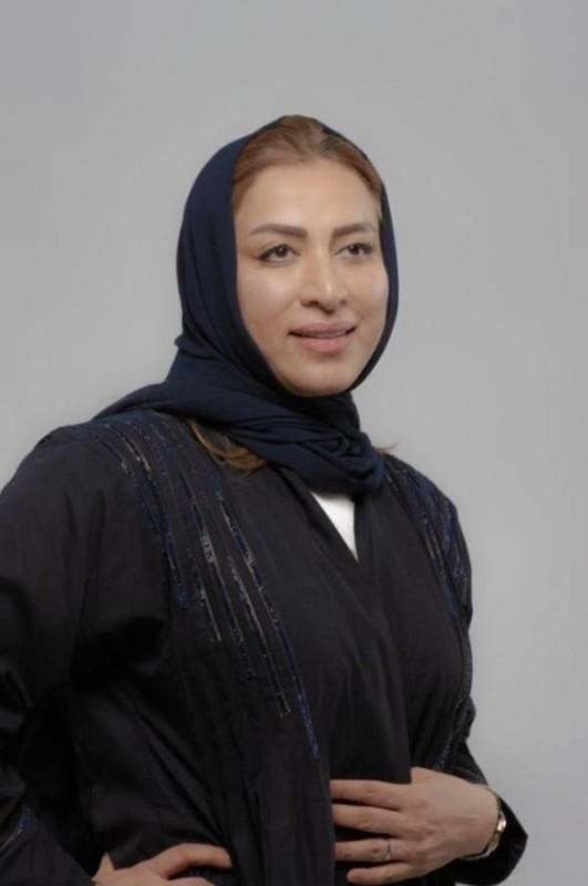 الفنانة فاطمة الشريف.